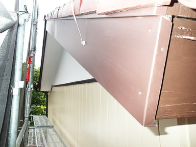逗子市池子にて築25年になる金属サイディング外壁、パーフェクトトップによる塗装工事を行いました、施工後写真