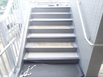 シート防水工事|マンション階段長尺シート|神奈川県座間市
