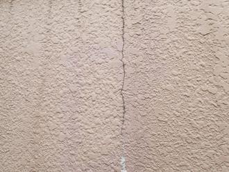 中井町井ノ口にて屋根・外壁塗装メンテナンス調査、ひび割れが発生した外壁にはエラストコートをおすすめ
