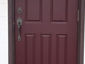 横浜市金沢区 外壁塗装前の点検 ドアのノブが錆びている