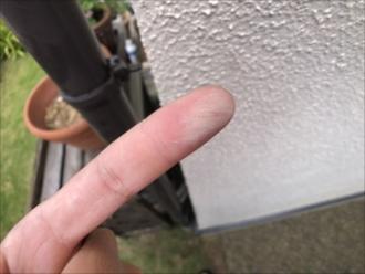 横浜市戸塚区平戸で前回の塗装から10年経った外壁を調査しました