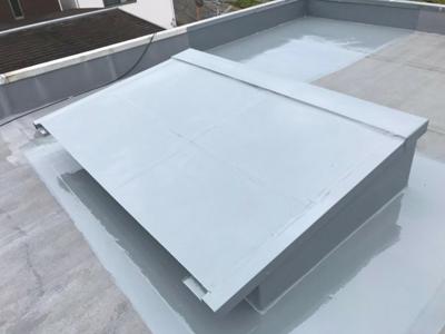 ウレタン防水で改修された天窓