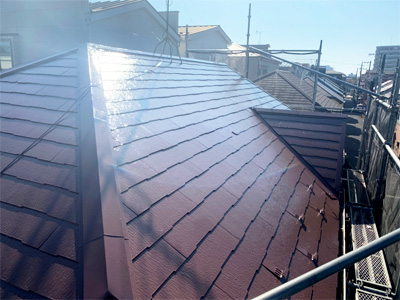 川崎市宮前区西野川にて遮熱塗料サーモアイでスレート屋根塗装して酷暑対策、施工後写真