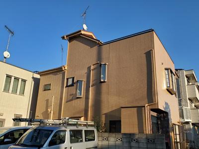 厚木市温水で広い屋上を持つお家の外壁塗装と屋根塗装と屋上のトップコートでメンテナンス、施工後写真