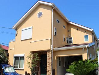 外壁塗装と屋根塗装でお住まいの外周をリフォーム|厚木市、施工後写真