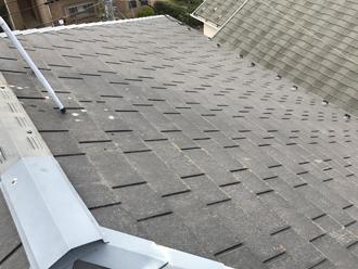 三浦市三崎町で耐用年数を長くするためフッ素塗料でスレート屋根塗装、施工前写真