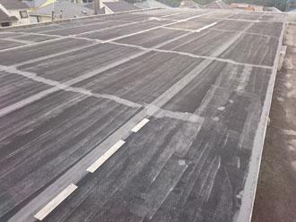 茅ヶ崎市松林で陸屋根のシート防水が剥がれてきたのでポリマーセメント系塗膜防水で改修、施工前写真