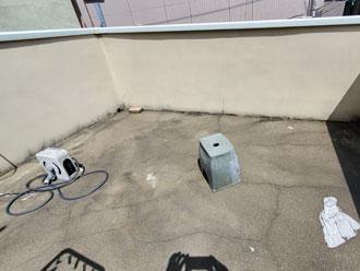 ウレタン防水工事前の屋上