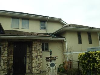 三浦郡葉山町|洋風なお住まいを外壁塗装と屋根塗装でリフォーム、施工前写真