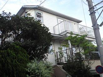 クリーンマイルドSiで外壁塗装工事、屋根カバー工事|横浜市中区、施工前