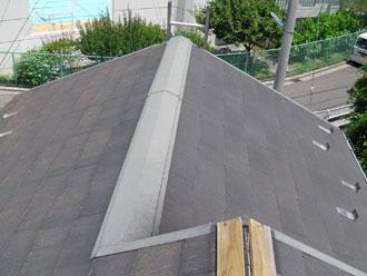 横浜市磯子区 屋根塗装 棟板金交換施工前