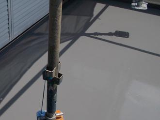 座間市 バルコニーのウレタン防水 トップコート塗布で完了