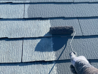 川崎市中原区新城にて、色褪せたスレート屋根をサーモアイ4F(クールライトグレー )でイメージチェンジ