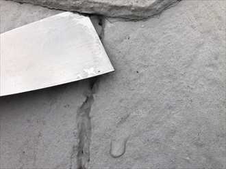 川崎市多摩区中野島で雨漏りの原因は塗装工事の縁切り未施工でした