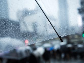 雨水で流す