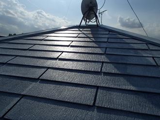 川崎市多摩区登戸にて築15年目の化粧スレート屋根、サーモアイSiにて塗装工事を行いました、施工前写真