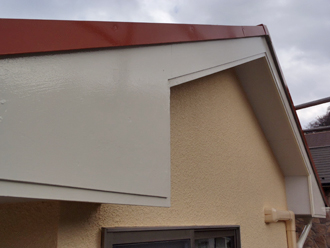 三浦郡葉山町 破風板の塗装