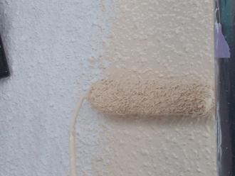 座間市 外壁塗装 中塗り