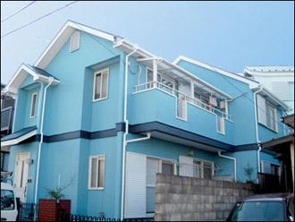 外壁が青色の家2