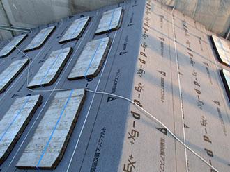 屋根材コロニアルグラッサ