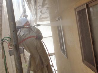 三浦郡葉山町 外壁塗装 屋根塗装 外壁の高圧洗浄