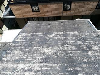 色褪せてまだになったスレート屋根
