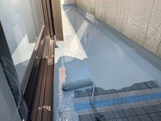 ウレタン防水層1層目塗布