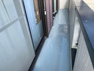ウレタン防水層2層目塗布