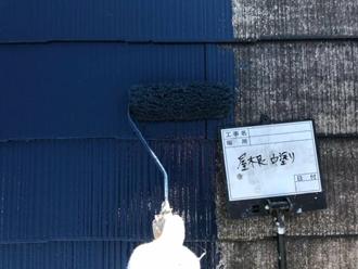 屋根塗装、中塗り工程