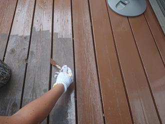 床の塗装は最後