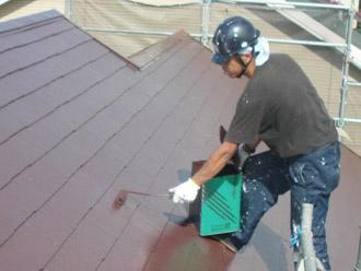 厚木市 屋根塗装 上塗り